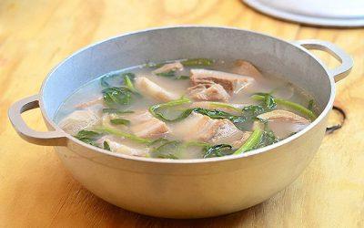 Bulanglang Kapampangan (guava sour soup)
